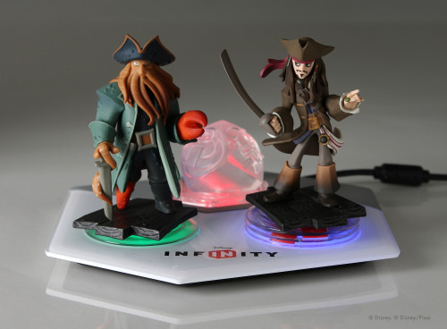 Disney Infinity Power Base with Power Discs and Captain Jack Sparrow and Davy Jones