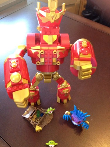 The Arkeyan Robot King and Pop Fizz in Beast Mode