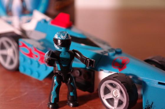 MEGA Bloks Hot Wheels Bad to the Blade for Team Blue