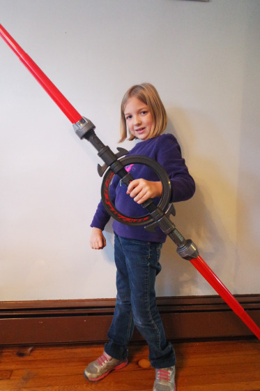 Eva using the Force with the Inquisitor's Lightsaber from Star Wars Rebels - #SparkRebellion