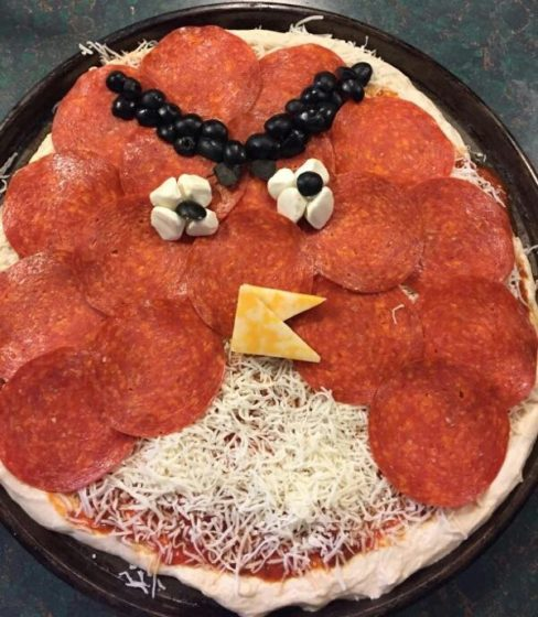Special Angry Birds Red Pizza